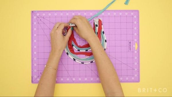 How To Make a Necklace Out of a T-Shirt
