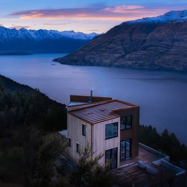 These Are the 10 Airbnbs Everyone Is Crushing On