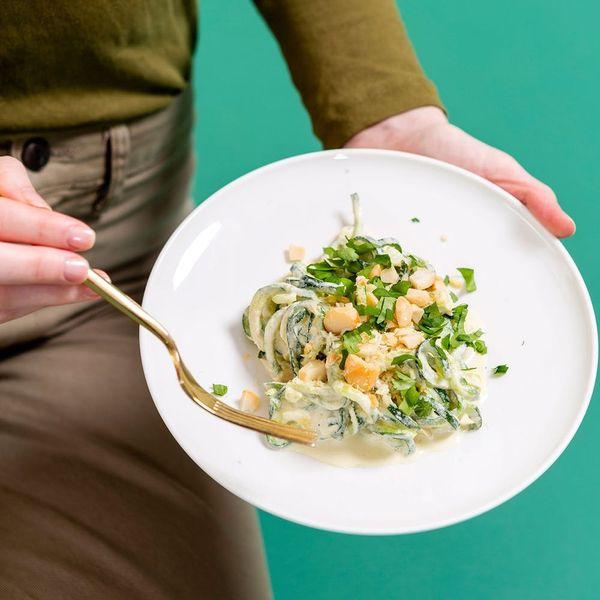 Make This Keto Alfredo Zoodles Recipe That Even Vegans Can Enjoy