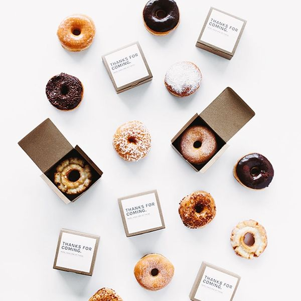 11 Wedding Donut Bar Essentials That Are Too Sweet to Pass Up