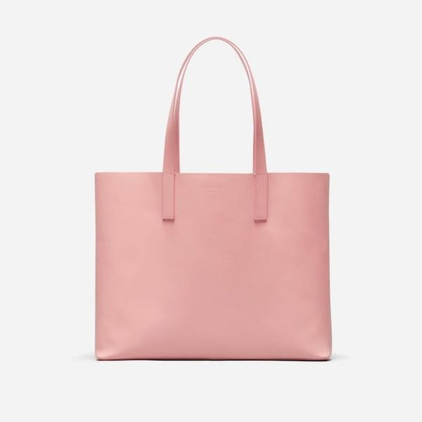 12 Stylish Tote Bags That Commuters Will Love