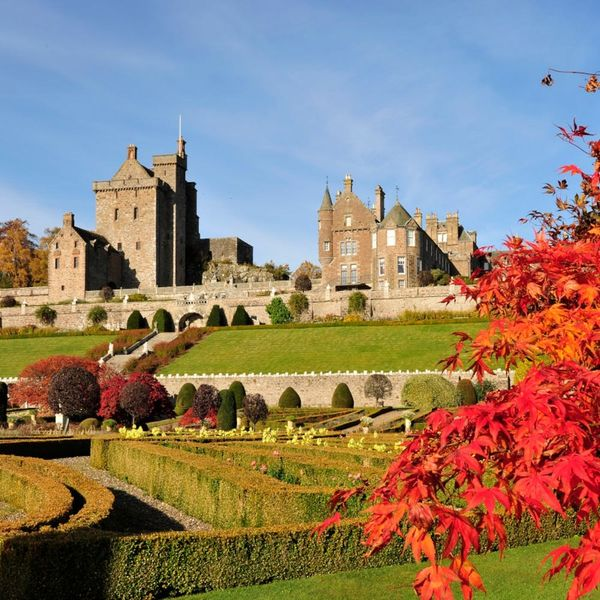 10 Castles for Rent That Will Make You Feel Like Royalty
