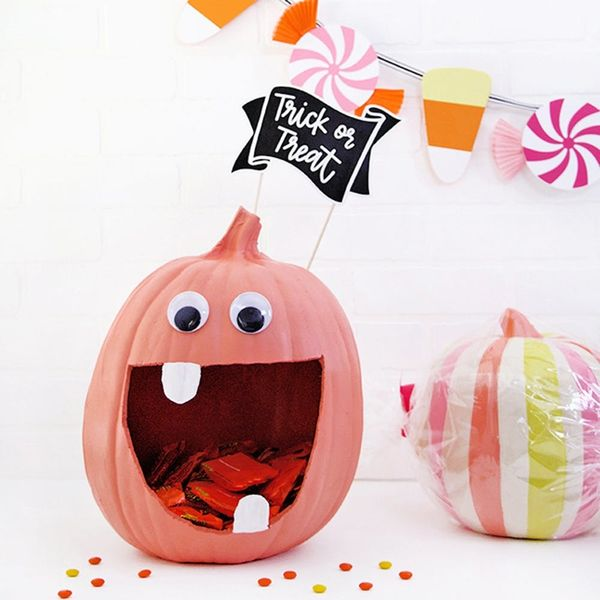 15 Pumpkin Designs and Patterns That Upgrade Your Halloween Decor