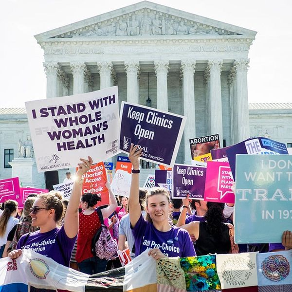 A National Bill That Would Make Abortion Illegal at 6 Weeks Was Just Introduced