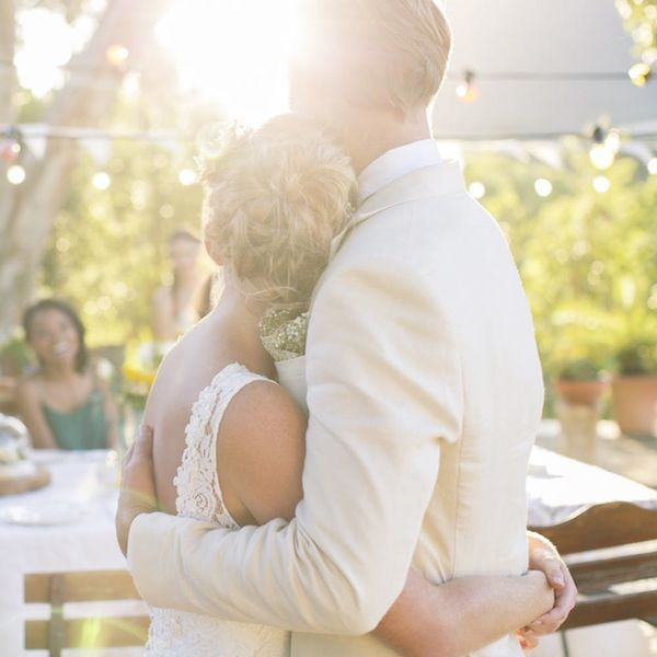 How to Manage Wedding Stress, According to a Pro