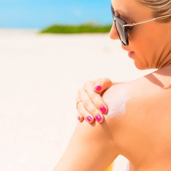 Should You Wear a Mineral or Chemical SPF? Here's What the Experts Say