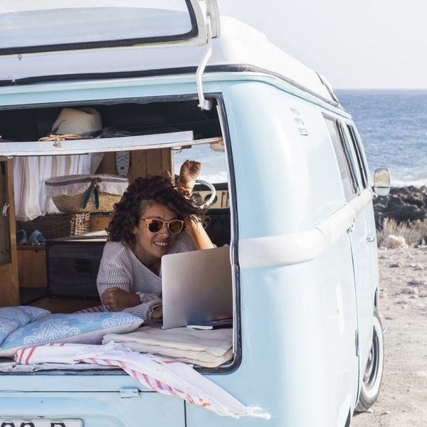 How to Work on Vacation Without Ruining Your Trip