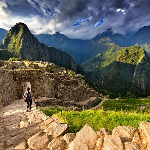 The 10 Wonders of the World That Should Be on Every Traveler's Bucket List