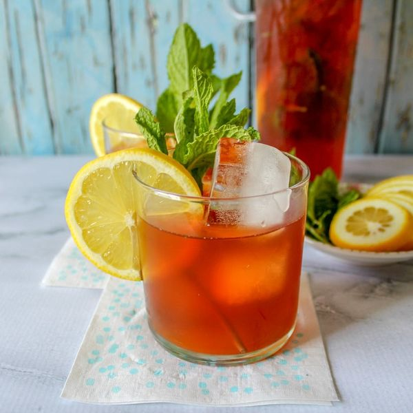 Caffeinate Your Summer With This Easy Cold-Brew Iced Tea