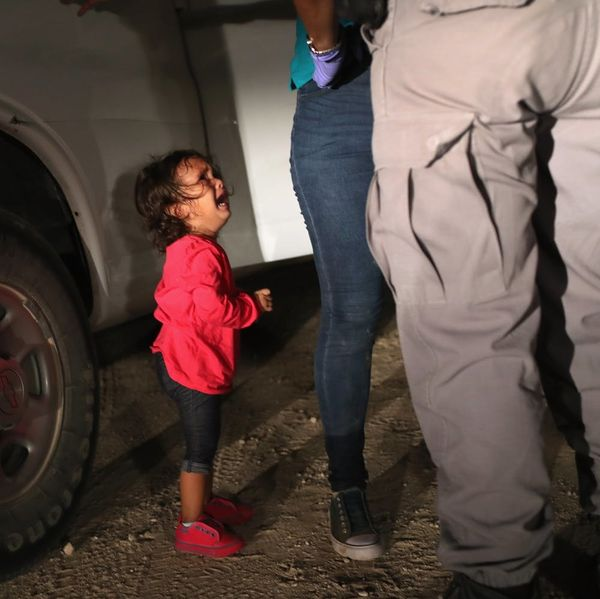 US Border Officials Are Creating Lifelong Trauma for Child Migrants By Separating Them from Their Families