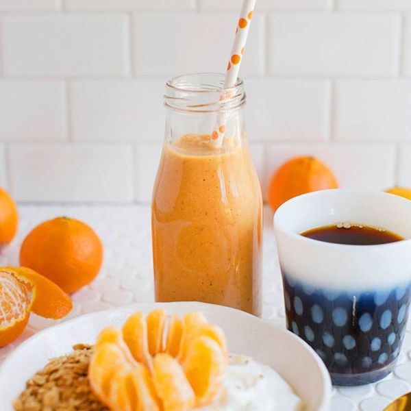 8 Healthy and Pregnancy-Friendly Breakfast Smoothies