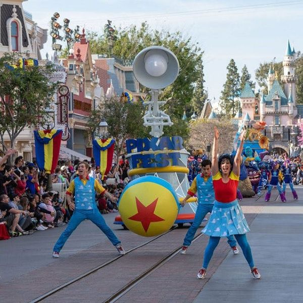 17 Incredible Things to Do, See, and Eat at Disney Parks This Summer
