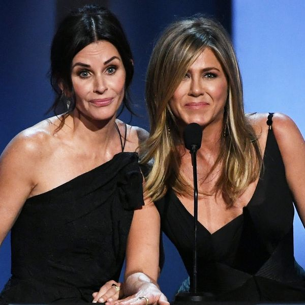 Jennifer Aniston and Courteney Cox Reunited to Toast (and Tease!) George Clooney