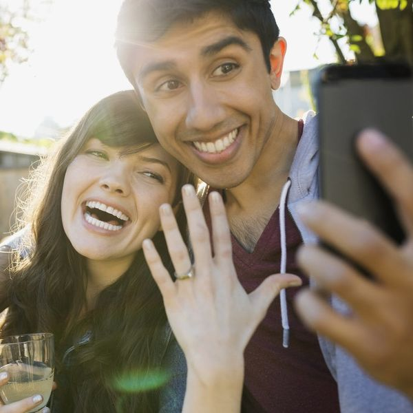 6 Engagement Ring Shopping Tips That Work for Every Budget