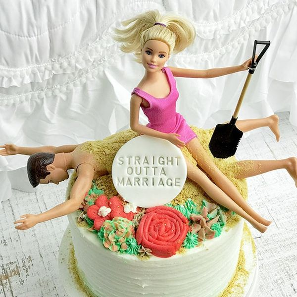 Hilarious Divorce Cakes That Celebrate Being Single Again