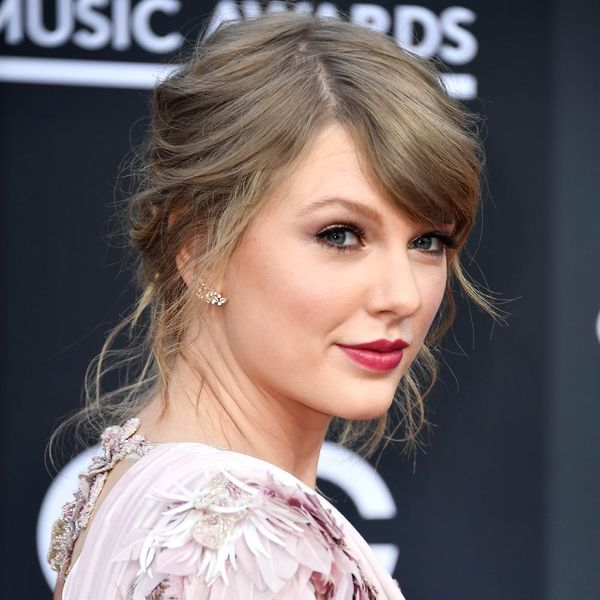 Taylor Swift Made Her First Red Carpet Appearance in 2 Years at the 2018 Billboard Music Awards