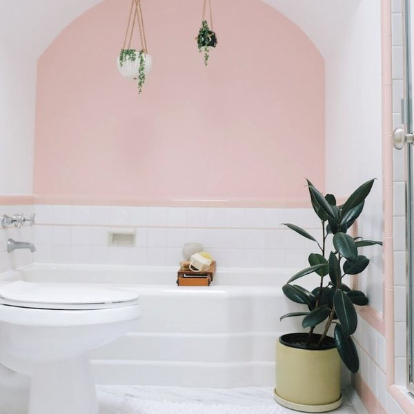 This Blogger's Bungalow Makeover Is Giving Us Serious Rental Inspo