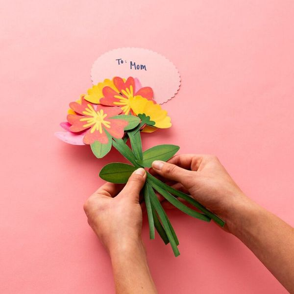 This Pretty Paper Flower Bouquet Is the Lasting Mother's Day Gift You've Been Looking for