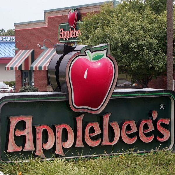 """Applebee's Is Serving a """"Cheetos Burger Bomb""""… But There's a Catch"""