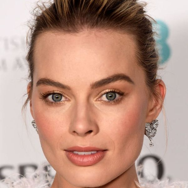 6 Secrets for Growing Thicker, Fuller Brows