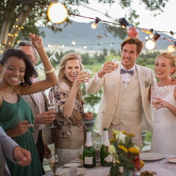 9 Tips for Saving Money As a Wedding Guest