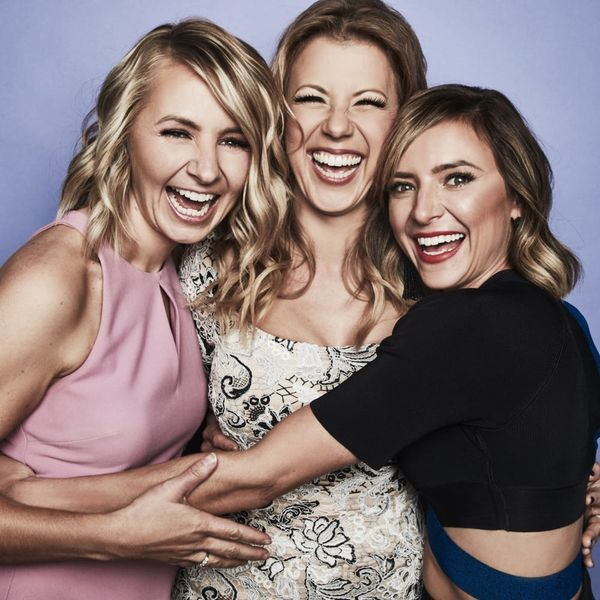 Jodie Sweetin, Beverley Mitchell, and Christine Lakin Are a Dream Team on 'Hollywood Darlings'