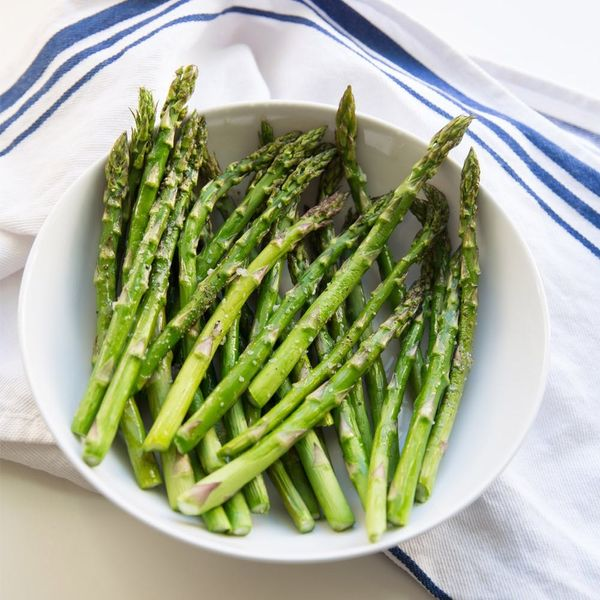 Spring for Greens: How to Make Roasted Asparagus