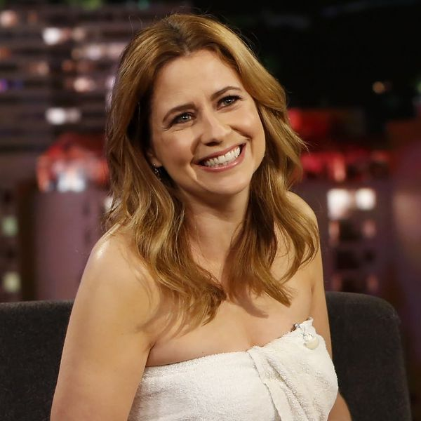 Jenna Fischer Had to Do an Interview in a Towel After a Last-Minute Wardrobe Malfunction