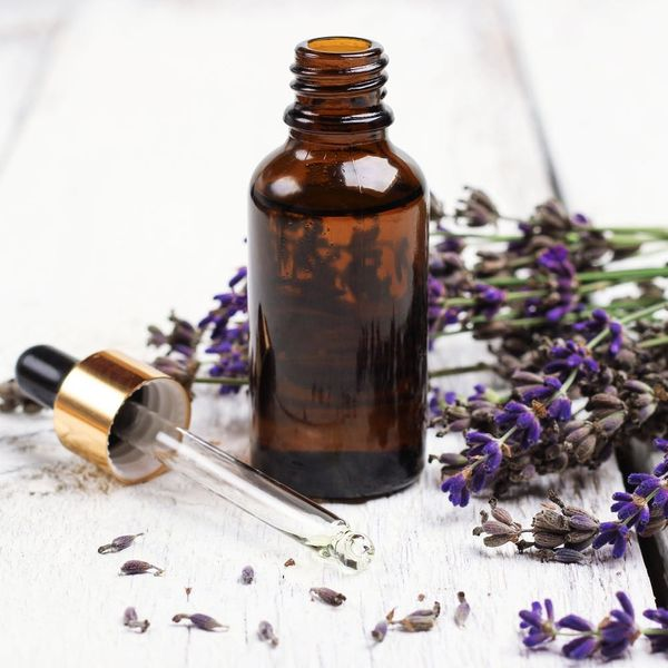 3 Easy Ways to Use Essential Oils in the Kitchen