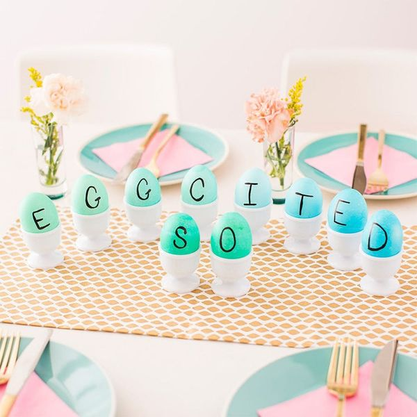10 DIY Centerpieces For the Most Colorful Easter Ever