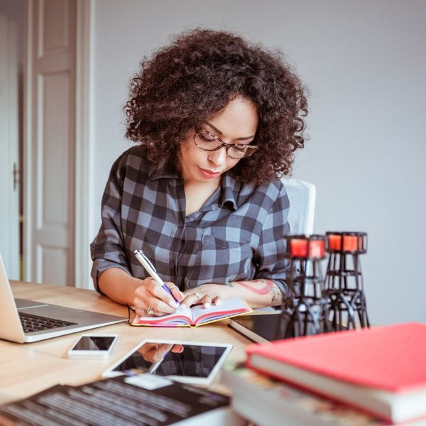9 Things to Consider Before Becoming a Work-at-Home Mom