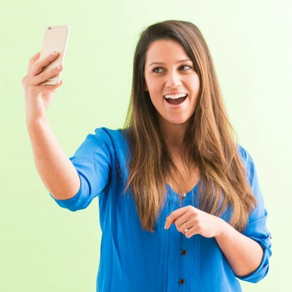"""Why the """"Selfie Effect"""" Is Causing People to Request Nose Jobs"""