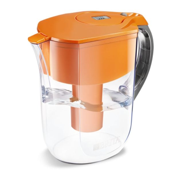 Five Water Filtering Pitchers to Stay Hydrated in Any Situation
