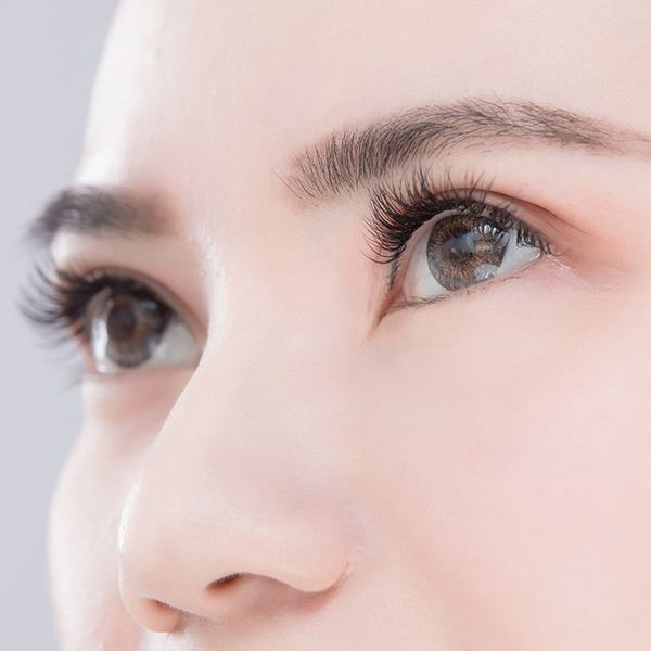 This Low-Key Lash Enhancement Service Is Made for No-Makeup Makeup
