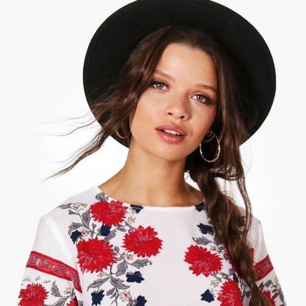 15 Grown-Up Floral Outfits to Update Your Spring Wardrobe