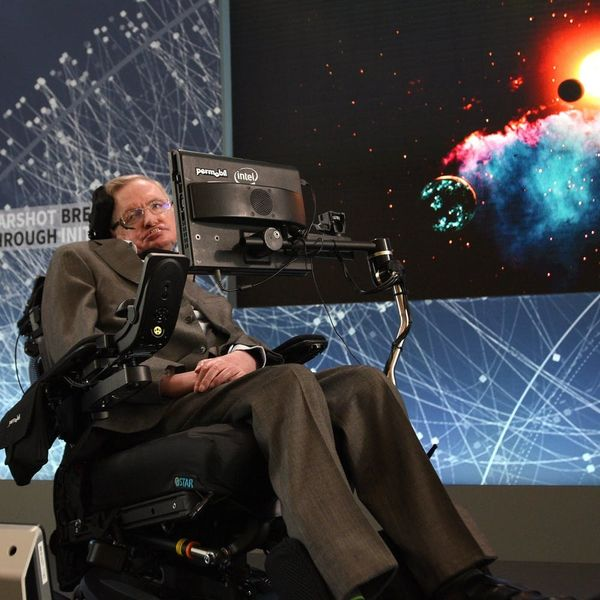 Famed Scientist Stephen Hawking Has Died at Age 76