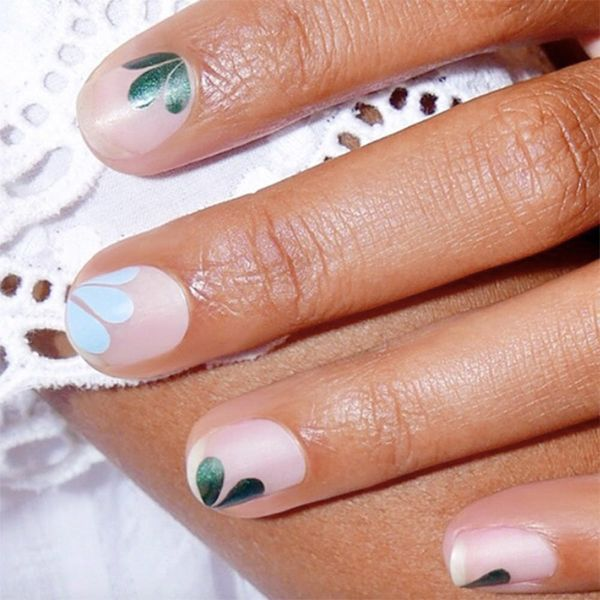17 Flower Nail Ideas for Springtime Manicures