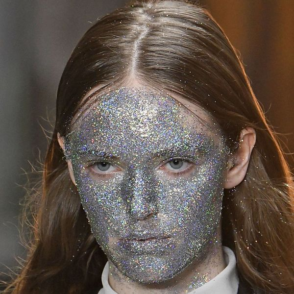 Instagram Glitter Masks Make Their Debut at Paris Fashion Week