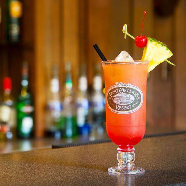 9 Hidden GemLoungesto Eat and Drink at in Walt Disney World