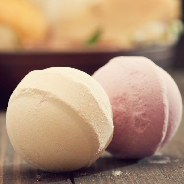 """Drop Everything: Edible """"Bath Bombs"""" for Your Cocktails Now Exist"""
