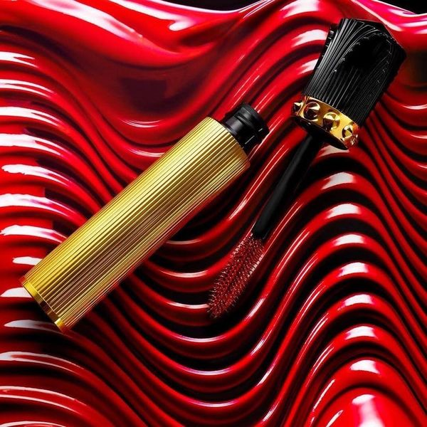 What You Can Expect from the Christian Louboutin Beaute Red Mascara
