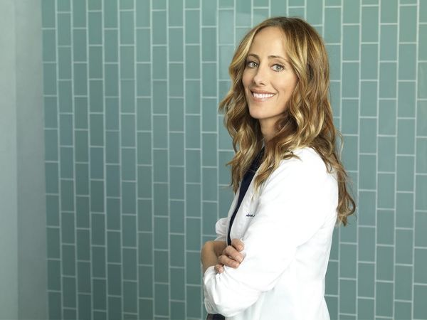 Kim Raver Opens Up About Returning to 'Grey's Anatomy' andthe Show's 'Complicated' Love Stories