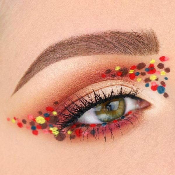 7 Reasons to Try the Pointillism Makeup Trend for Fall