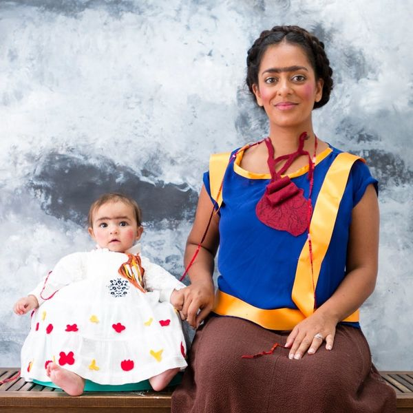 Make Your Own Masterpiece With This Frida Kahlo Mommy and Me Costume