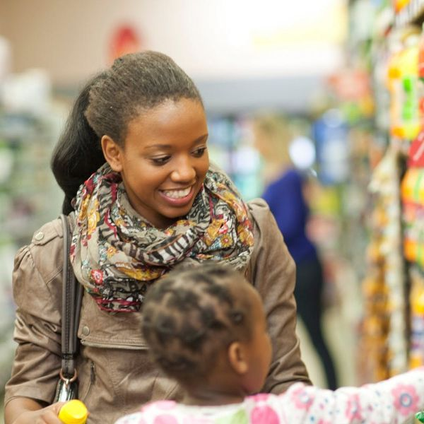 9 Strategies to Make Shopping With Kids Easier
