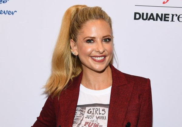 'Buffy the Vampire Slayer' Star Sarah Michelle Gellar Supports the Show's Reboot Amid Backlash