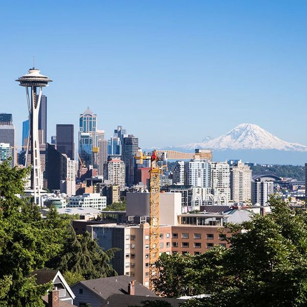 Your Guide to the Ultimate Car-Free Weekend in Seattle