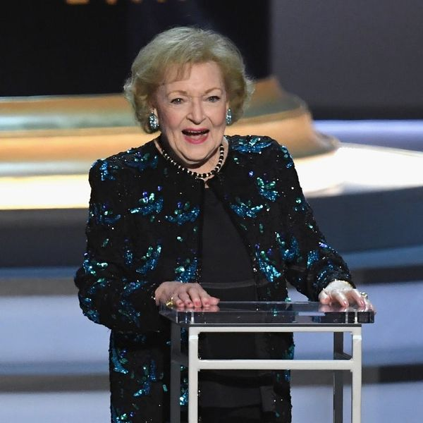 Emmys 2018: Betty White Steals the Show as the 'First Lady of Television'