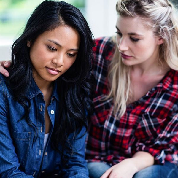8 Signs That Your Strongest Friend Needs Extra Support