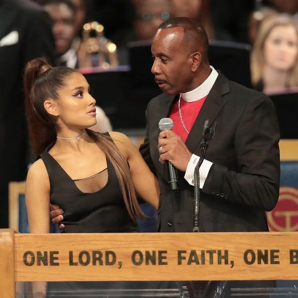 Bishop at Aretha Franklin's Funeral Apologizes for Being 'Too Friendly' With Ariana Grande